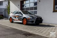 Mitsubishi EVO X Puddle of Racing Design Folierung 3 190x127 Neuer Look   Mitsubishi EVO X im Puddle of Racing Design