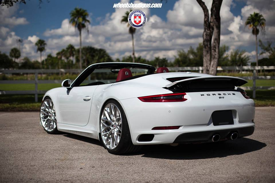 Porsche 911 991 Cabrio HRE Performance Wheels P200 Porsche 911 (991) Cabrio auf HRE Performance Wheels P200