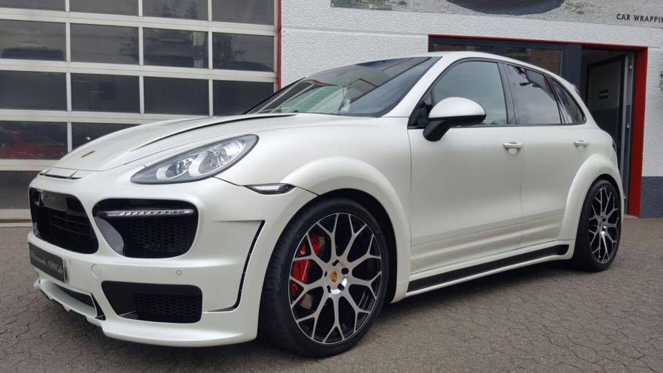 Porsche Cayenne Prior Widebody PD600 tuning 1 Porsche Cayenne mit Prior Widebody und 22 Zöllern by Folienwerk