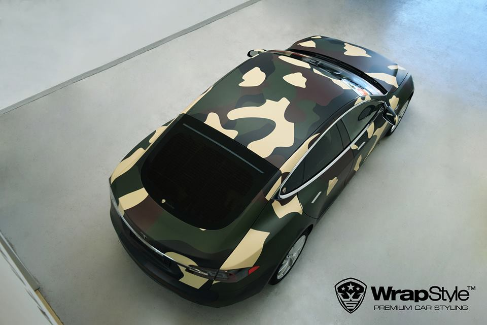 Tesla Model S Camouflage Design Tuning 1 Tesla Model S im Camouflage Design by WrapStyle Denmark