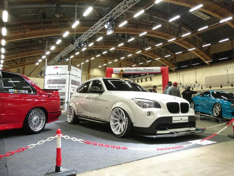 widebody bmw e84 x1 xdrive18d auf japan racing jr11 felgen. Black Bedroom Furniture Sets. Home Design Ideas