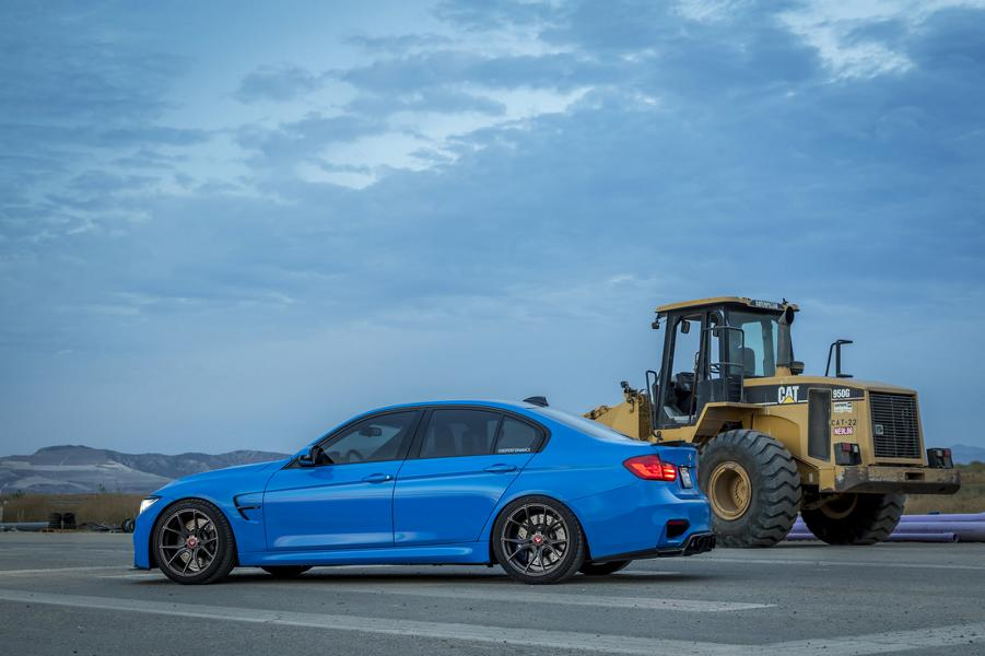 yas-marina-blue-bmw-m3-with-vorsteiner-aero-and-wheels-13