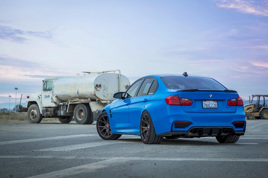 yas-marina-blue-bmw-m3-with-vorsteiner-aero-and-wheels-16