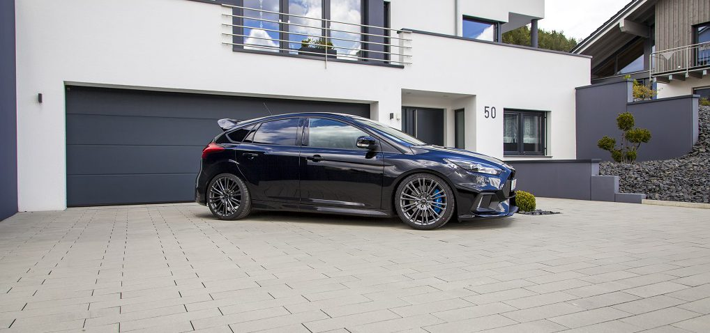 new ford focus rs with kw coilover variant 3 - tuningblog.eu - magazine