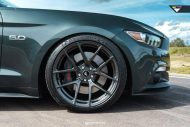 Ford Mustang 20 Zoll V FF 101 Tuning 1 190x127 Klassisches Design   Ford Mustang auf 20 Zoll V FF 101 Alu's