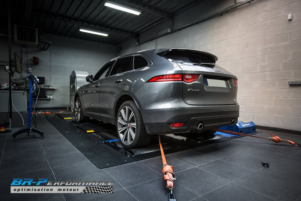 Jaguar F Pace 3.0 SDV6 Chiptuning 2 340PS & 770NM im Jaguar F Pace 3.0 SDV6 mit Chiptuning