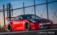 Tuning 2017 Liberty Walk Nissan GT R 4 190x117 Liberty Walk Breitbau am Nissan GT R im Japan Navy Look