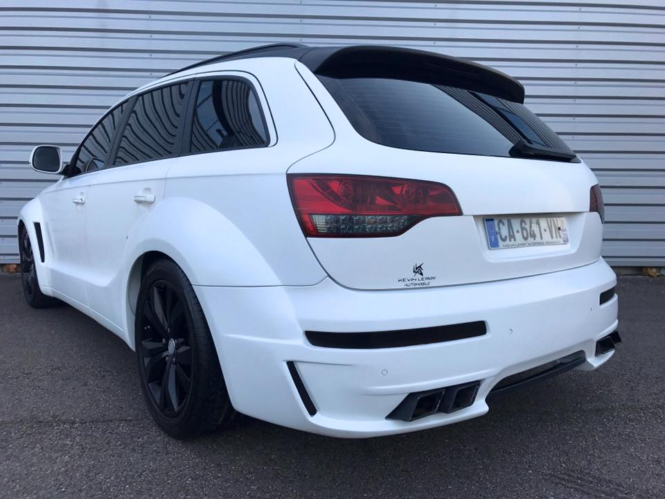 Audi Q7 4L S Line JE Design Widebody Kit Tuning 3 Audi Q7 4L S Line mit JE Design Widebody Kit in Mattweiß