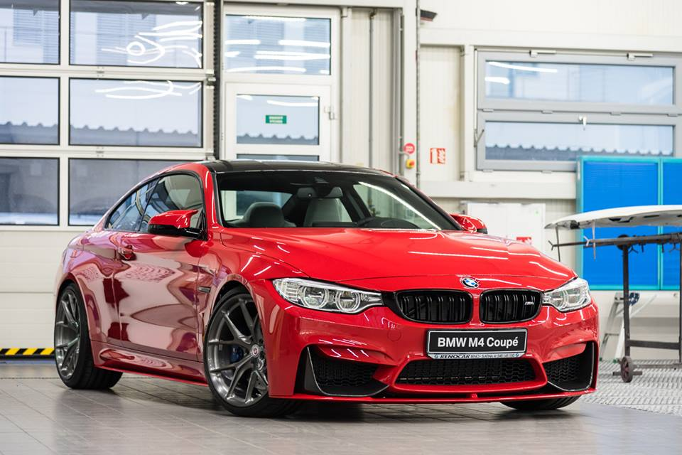 Bmw M4 F82 Coupe In Rot Auf Hre Performance P101 Alu S