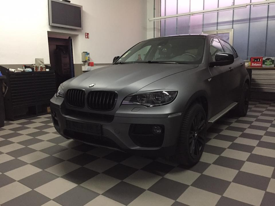 Bmw X6 E71 In Holzkohle Matt Metallic By Car Wrapping Kuhnert