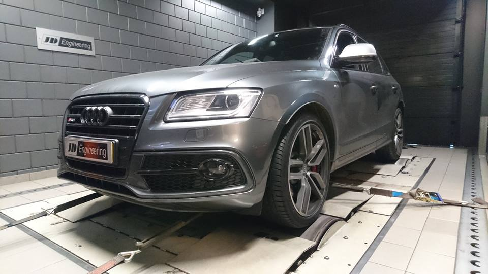 JD Audi SQ5 3.0TDI Bi Turbo Chiptuning 2 min Fast 1.000NM Drehmoment im JD Audi SQ5 3.0TDI Bi Turbo