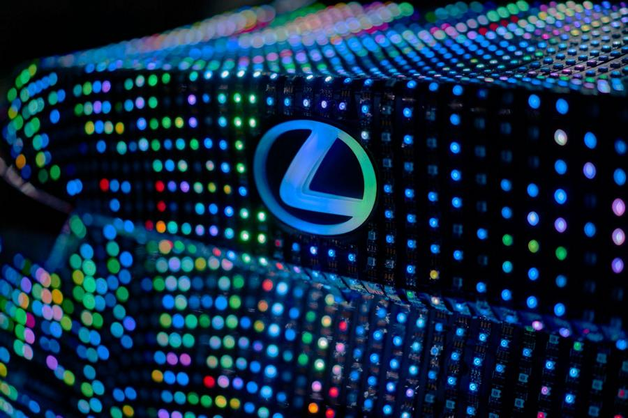 Lexus IS 41.999 LED Dua Lipa Tuning 3 Verboten! LED Scheinwerfer & Interieurbeleuchtung   no Way!