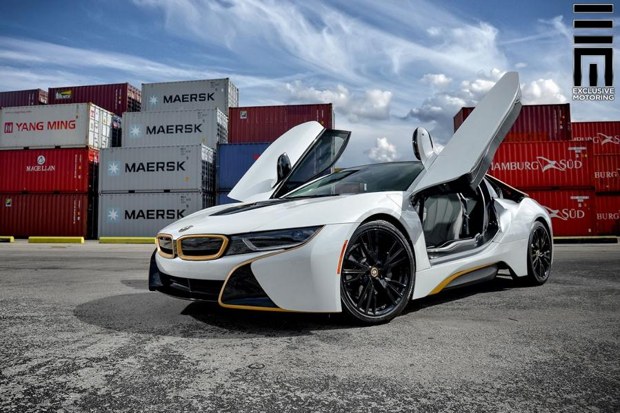 Matt White Foiling And Gold Accents Tuning Bmw I8 3 Tuningblog Eu