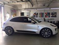 Porsche Macan Folierung mattwei%C3%9F Tuning 4 190x143 Porsche Macan von 2M Designs mit Voll Folierung in Mattweiß