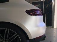 Porsche Macan Folierung mattwei%C3%9F Tuning 8 190x143 Porsche Macan von 2M Designs mit Voll Folierung in Mattweiß