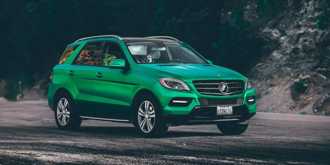Satin Green Metallic am Mercedes-Benz ML von DC Tuning