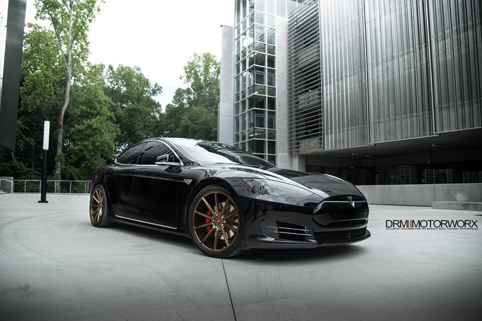 nagelneues tesla model s p100d mit tuning von drm motorworx. Black Bedroom Furniture Sets. Home Design Ideas