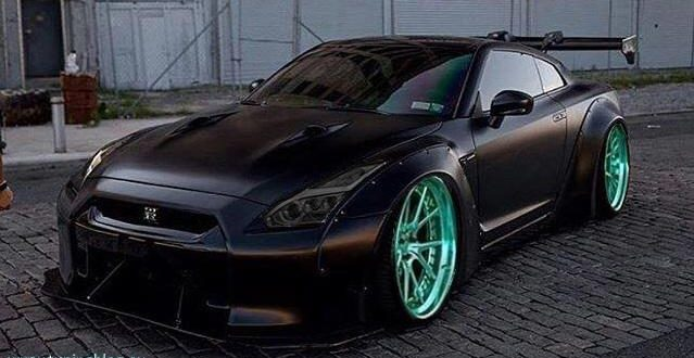 Widebody Nissan GT-R auf 22 Zöllern by tuningblog.eu