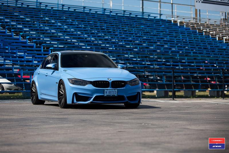 20 Zoll Vossen VWS 2 BMW M3 F80 Frozen Yas Marina Blue 3 Vossen VWS 2 Felgen am BMW M3 F80 in Yas Marina Blau