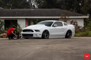 Airride Turbo Vossen VFS 5 Felgen Tuning Ford Mustang GT 10 310x205 Turbo Power & Vossen VFS 5 Alu's am Ford Mustang GT