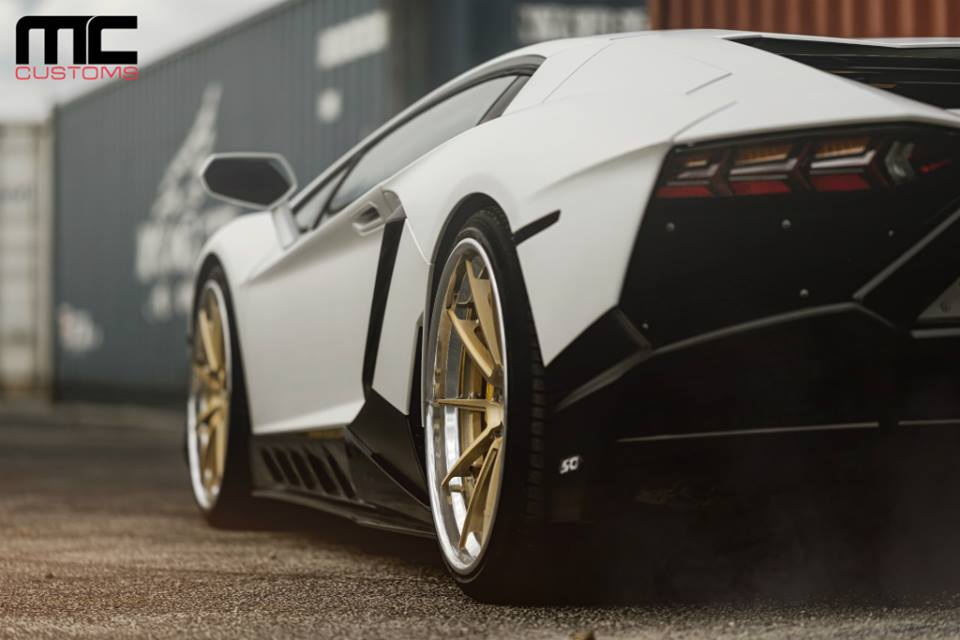Bodykit Lamborghini Aventador AG Wheels Tuning 8 MC Customs Lamborghini Aventador auf schicken AG Wheels