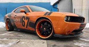 Dodge Challenger Folierung rundum orange schwarz Tuning 10 310x165 Dodge Challenger SRT in Orange/Schwarz by BB Folien Bele Boštjan