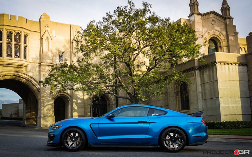 Ford Mustang Shelby GT350 20 Zoll Project 6GR Wheels Tuning 2 Ford Mustang Shelby GT350 auf 20 Zoll Project 6GR Wheels