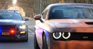 Ford Mustang Shelby GT350 Policecar Dodge Challenger SRT Hellcat 1 310x165 Video: Ford Mustang Shelby GT350 Policecar & Dodge Challenger SRT Hellcat