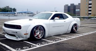 Liberty Walk Dodge Challenger Widebody Forgiato Tuning 3 310x165 Böser Dodge Charger SRT auf Vossen x Work VWS 2 Alu's