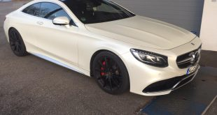 Mercedes AMG S63 Coup%C3%A9 Satin Pearl white Folierung Tuning C217 3 310x165 Car Wrapping Kuhnert   Audi R8 Spyder in schwarz matt
