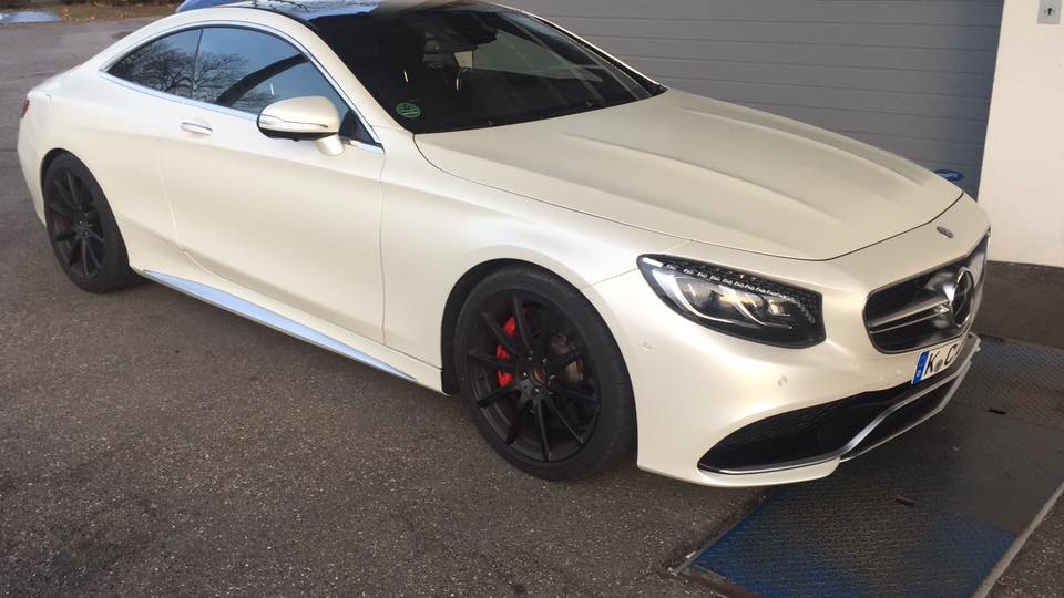 Mercedes AMG S63 Coup%C3%A9 Satin Pearl white Folierung Tuning C217 3 Mercedes AMG S63 Coupé mit Satin Pearl white Folierung