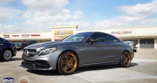 Mercedes Benz C63s Coupe Vossen HC1 Tuning 2 310x165 Mercedes Benz C63s Coupe auf Vossen HC1 Felgen in Gold