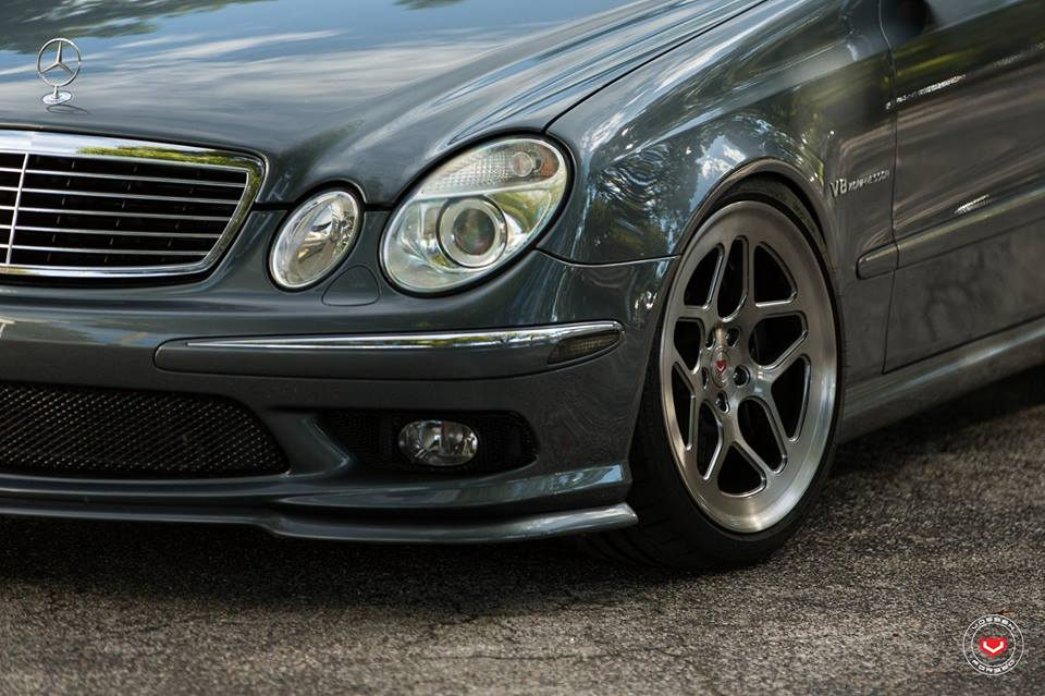 vossen wheels lc 104 mercedes e55 amg w211 tuning 3. Black Bedroom Furniture Sets. Home Design Ideas