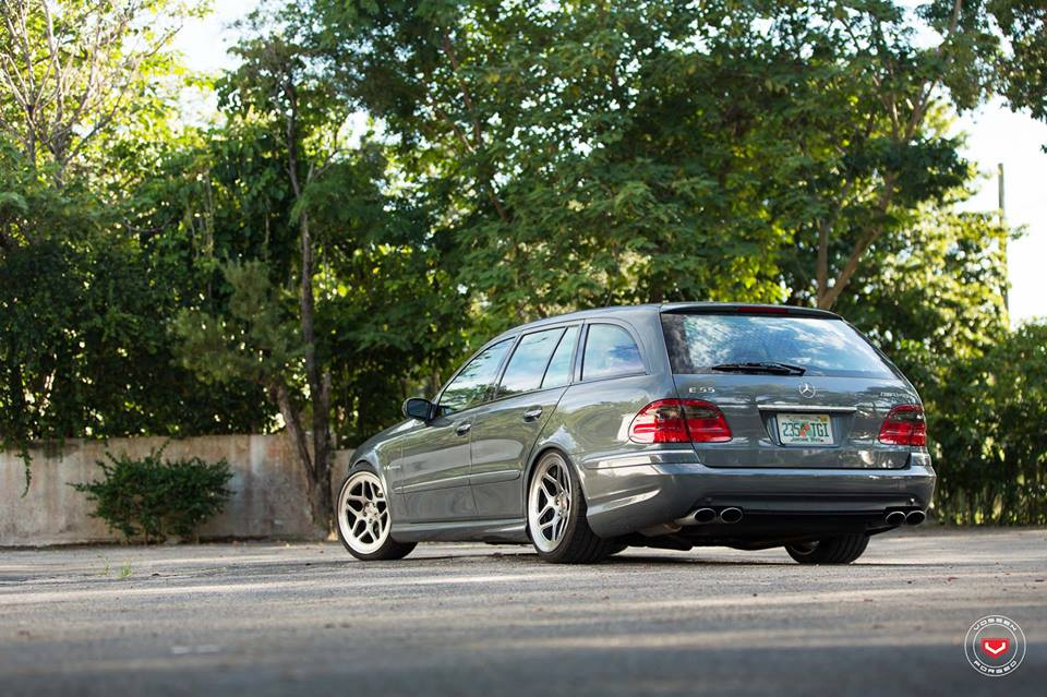 Vossen Wheels LC 104 Mercedes E55 AMG W211 Tuning 6 Vossen Wheels LC 104 am eleganten Mercedes E55 AMG W211