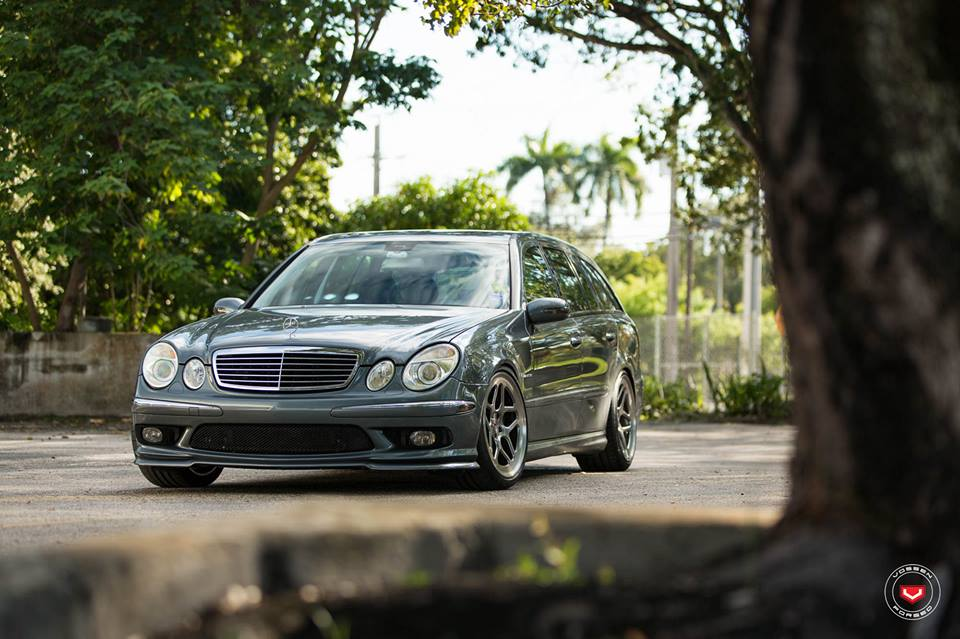 Vossen Wheels LC 104 Mercedes E55 AMG W211 Tuning 8 Vossen Wheels LC 104 am eleganten Mercedes E55 AMG W211