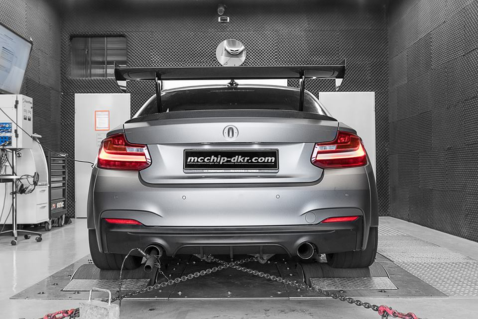 BMW M235i 3.0 Turbo Tracktool Chiptuning 3 Widebody BMW M235i Tracktool mit 392PS by Mcchhip DKR