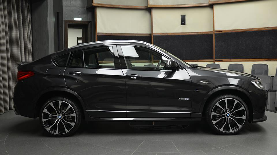 bmw x4 m sport package 3d 8 magazin. Black Bedroom Furniture Sets. Home Design Ideas