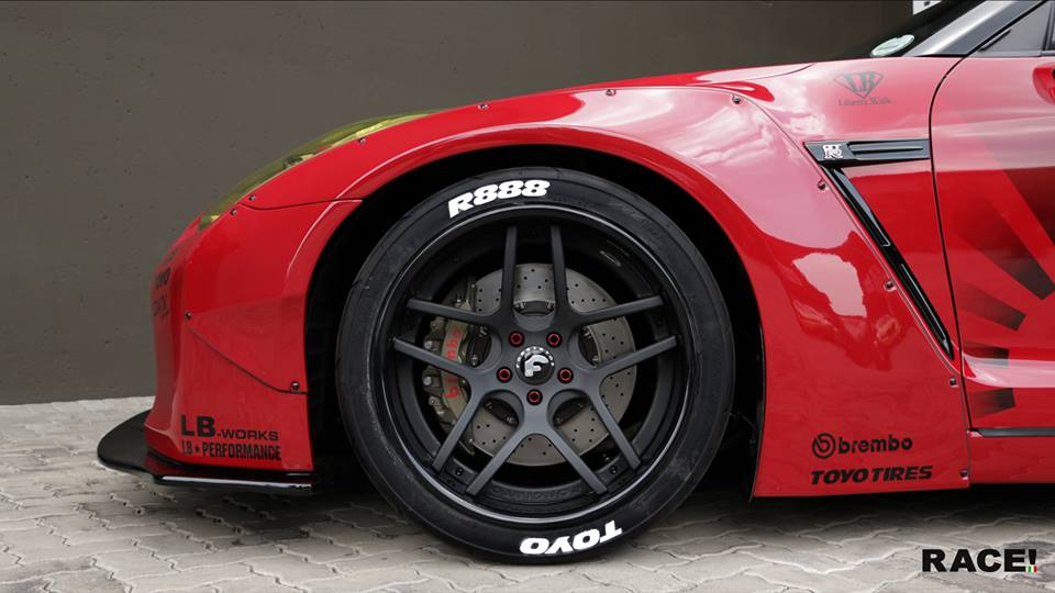 Liberty Widebody Nissan GT R Forgiato Wheels Tuning 5 RACE! South Africa   Nissan GT R Widebody auf Forgiato Wheels