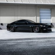 Vorsteiner V FF 107 Ford Mustang Airride Tuning 1 190x190 Knallgelber Ford Mustang GT auf Vorsteiner V FF 107 Felgen