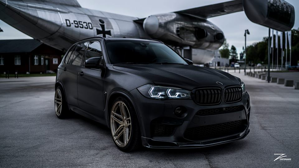 BMW X5M F85 black Tuning Z-Performance (4)