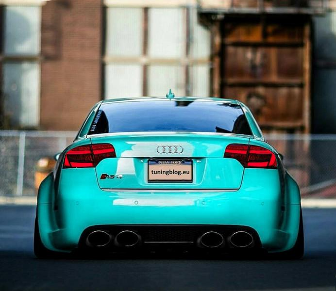 Audi A4 RS4 Widebody B7 Tuning Audi RS4 B7 Limousine in Tiffanyblue by tuningblog.eu