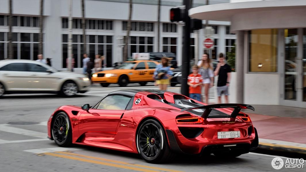 highlight porsche 918 spyder mit folierung in chrom rot. Black Bedroom Furniture Sets. Home Design Ideas