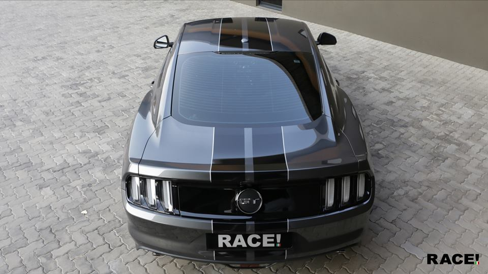 RACE South Africa Ford Mustang GT Folierung Tuning 2 Dezent verändert   RACE! South Africa FORD Mustang GT 5.0