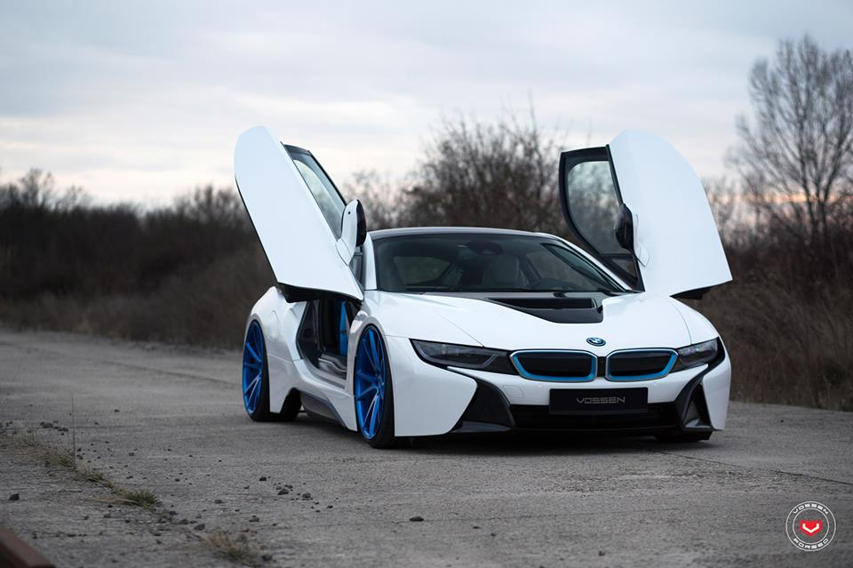 Blue Vossen Wheels 301 Wheels On Bmw I8 Hybrids Tuningblog Eu