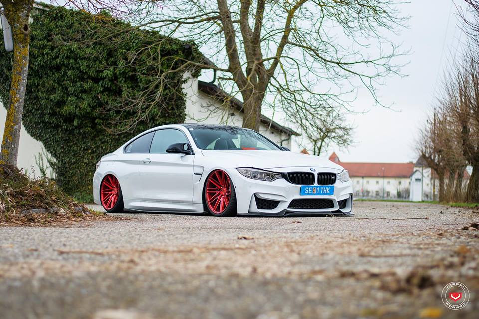 Vossen Wheels VPS 307T BMW M4 F82 Coupe Tuning 6 Vossen Wheels VPS 307T Alu's in rot am BMW M4 F82 Coupe