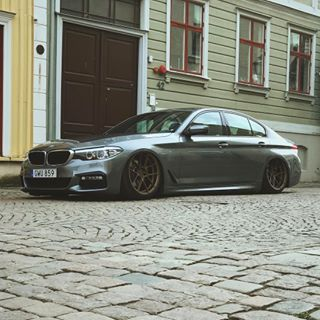bmw 5er g30 550i ferrada f8 fr8 felgen airride tuning 6. Black Bedroom Furniture Sets. Home Design Ideas