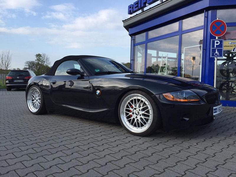 Bmw Z4 E85 With Kw Suspension Amp 19 Inch Bbs Lm Wheels