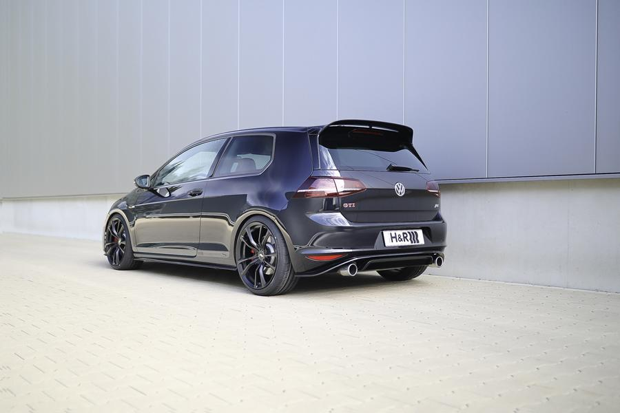 HuR VW Golf MK7 Clubsport S Tuning ABT 1 370PS   VW Golf VII GTI Clubsport S von H&R am Wörthersee