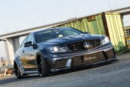 Liberty Walk Widebody Mercedes C63 AMG W204 3DSM Tuning 3 190x127 Liberty Walk Widebody Mercedes C63 AMG auf 3DSM Alu's