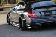 Liberty Walk Widebody Mercedes C63 AMG W204 3DSM Tuning 9 190x127 Liberty Walk Widebody Mercedes C63 AMG auf 3DSM Alu's